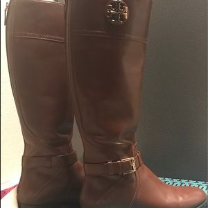Tory Burch boots size 9